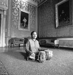 Sankha Chatterjee ai tabla - Foto di Maurizio Frullani