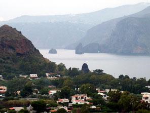 Isole Eolie, Faraglioni di Lipari