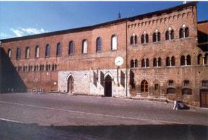 Santa Maria della Scala, facciata