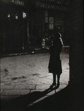 Brassaï, Prostituée à l'angle de la Rue de la Reynie et Rue Quincampoix