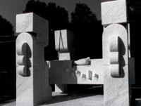 Pietro Cascella: Ara Pacis, 2007, marmo di Carrara, Pietrasanta (courtesy eredi Pietro Cascella, foto Aurelio Amendola)