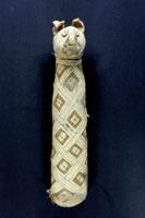 Mummia di gatto, epoca tarda, I sec a.C.-I sec. d.C.. Trento, Castello del Buonconsiglio