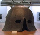Mimmo Paladino, Elmo, bronzo, 140 (h) x 190 x 190 cm, 2005