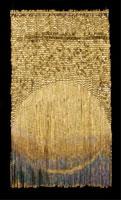 "Olga de Amaral, ""Rios"" (2002), cm. 160x92. Cotone, gesso, pittura acrilica e lamina d'oro. Collezione Olga de Amaral, Bogotá"