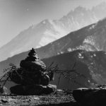 Tiziano Terzani, Piccolo stupa solitario ornato di frasche votive nel regno del Mustang