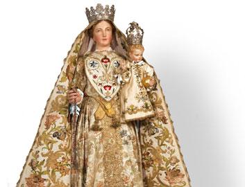Particolare della Madonna del Rosario. Roncaglia, chiesa di San Giacomo (fotografia Massimo Mandelli)