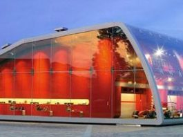 Ferrari Factory Store, Serravalle Scrivia (Italia)