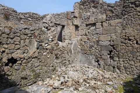 Il muro crollato a Pompei