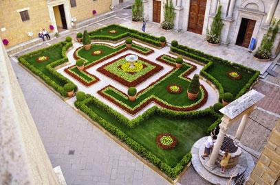 Giardino Barocco in piazza Pio II