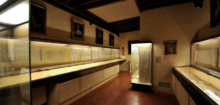Sala merletti a Palazzo Davanzati