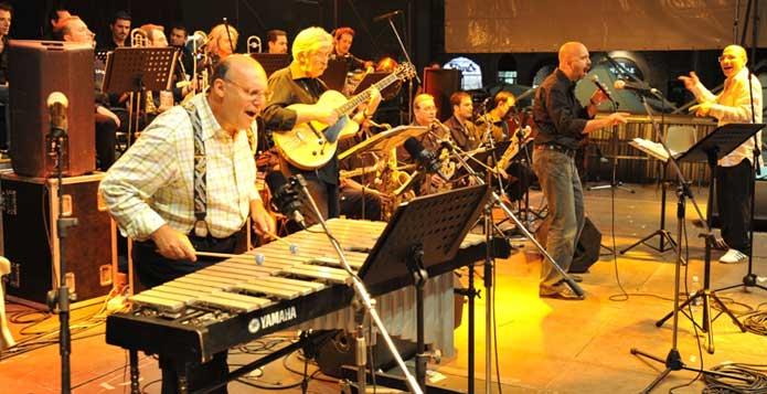 Tribunal Mist Jazz band