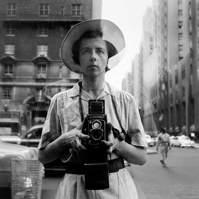Vivian Maier: New York, 10 Septembre 1955 © Vivian MaierMaloof Collection, Courtesy Howard Greenberg Gallery, New York