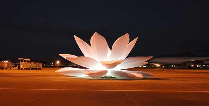 Choi Jeong-hwa, Breathing Flower, Fukuoka Airport, Japan, 2014