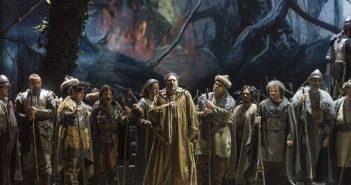 Norma di Vincenzo Bellini al Teatro San Carlo - foto di Francesco Squeglia