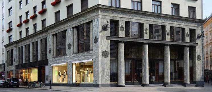 Adolf Loos, fronte Michaelerplatz