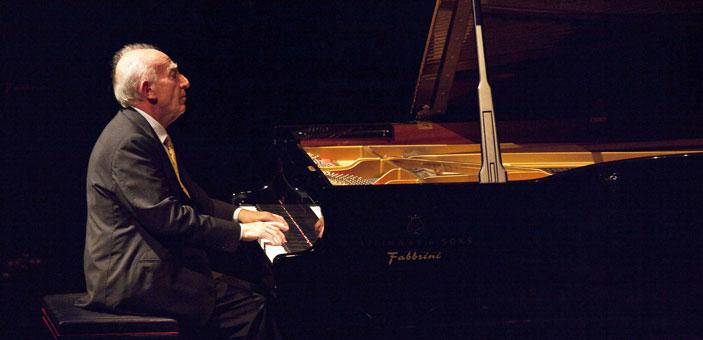 Maurizio Pollini, foto Brescia e Amisano