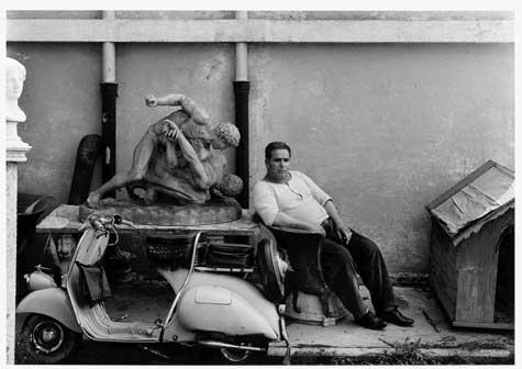 William Klein, Custode, Cinecittà, Roma 1956 (dalla sezione Roma)