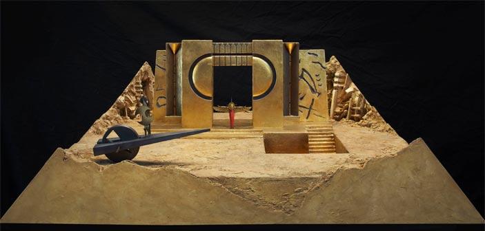 Arnaldo Pomodoro - Modellino della scena con la biga di Ottaviano, scala 1:20, fiberglass, legno e piombo patinato (foto Pietro Carrieri)
