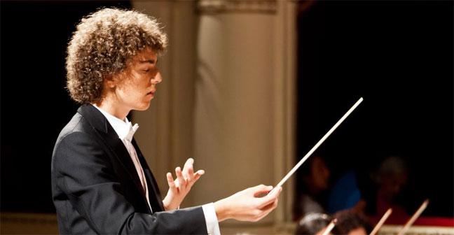 Anthony Arcaini - Dirigerà l'Orchestra del Teatro Carlo Felice