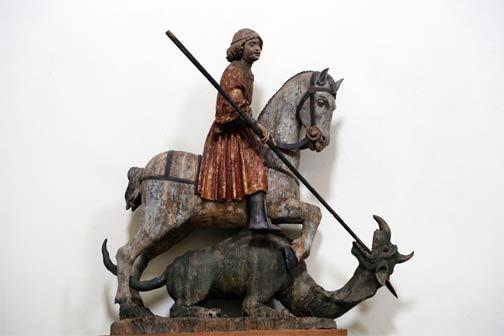 """San Giorgio e il drago, proveniente da Losone, mostra """" Legni Preziosi. Sculture, busti, reliquiari e tabernacoli dal Medioevo al Settecento"""""""