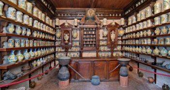 Roccavaldina (ME), antica farmacia