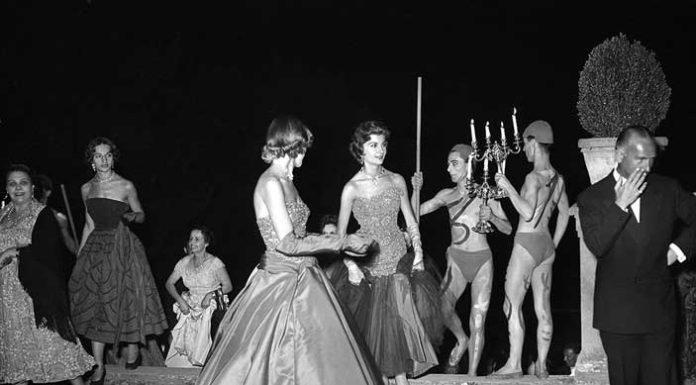 Luglio 1953, Ballo in Boboli © Archivio Foto Locchi.