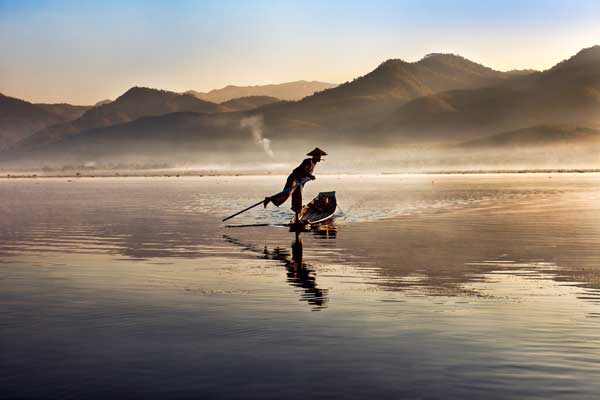 Lago Inle, Birmania, 2011 © Steve McCurry