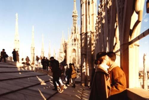 Giovanni Chiaramonte - Mostra Vivere in cammino - Papa Francesco a Milano