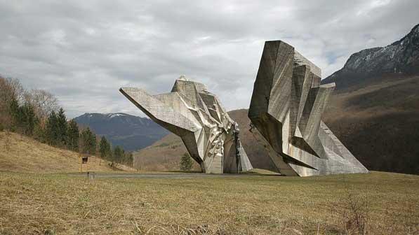 """""""Monument"""" di Igor Grubic - Mostra a Palazzo Ducale di Massa"""
