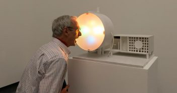 Piero Gilardi, MACCHINA PER DISCORRERE, 1963, Esposta nella mostra Collaborative Effects a cura di D. Fransssen Van Abbemuseum, Eindhoven 2012, foto Peter Cox
