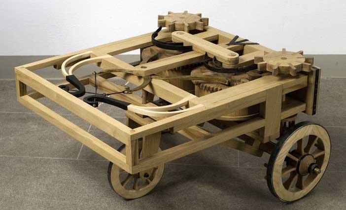 """Modello del carro semovente o """"automobile"""" di Leonardo da Vinci"""