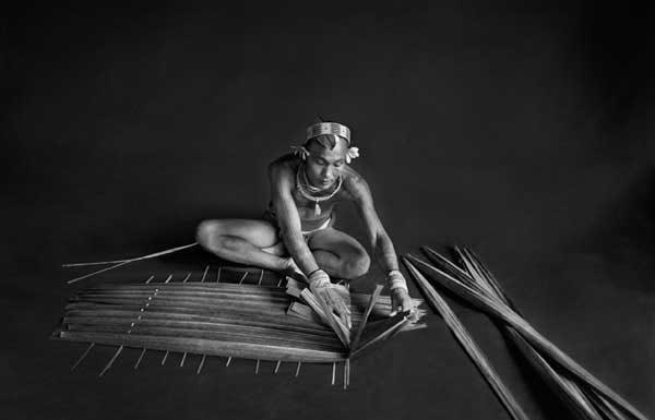 Isola di Siberut, Sumatra, Indonesia, 2008, © Sebastiao Salgado /Amazonas Images/Contrasto