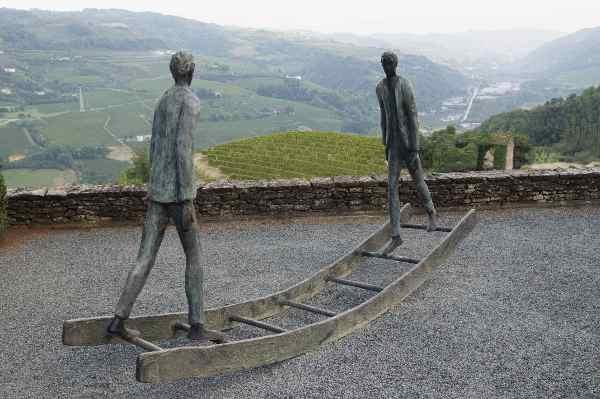 Roberto Barni, Continuo, 1999, bronzo, cm 173x310x61