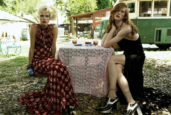 Photo by Steven Meisel, Vogue Italia August 2006, Que será, será - Photo Vogue Festival