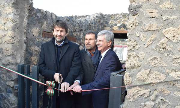 Pompei - Il Ministro Franceschini inaugura tre nuove domus