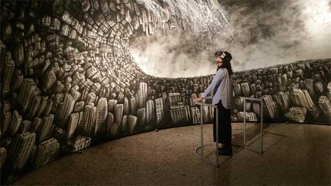 Fabio Giampietro, Hyperplanes of Simultaneity, The wave, , 2015, 1000cm x300 cm, sottrazione di olio su tela, Cinema 4d, OctaneRender, Unity3d. Un progetto di Fabio Giampietro realizzato con Alessio De Vecchi - Mostra New Perspective