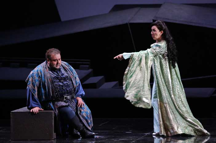 Fabio Sartori e Krassimira Stoyanova nell'opera Simon Boccanegra di Giuseppe Verdi
