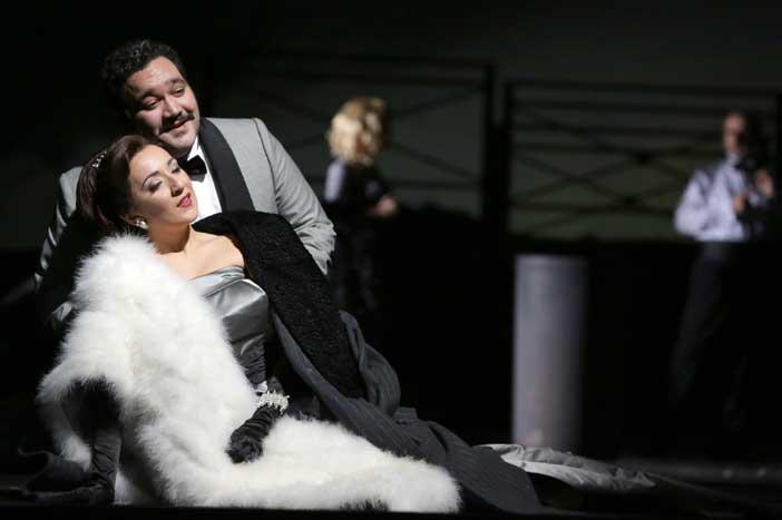 Rosa Feola e Rene Barbera durante le prove del Don Pasquale di Gaetano Donizetti