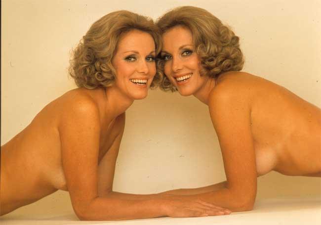Alice ed Ellen Kessler, 1975 © Angelo Frontoni / Cineteca Nazionale–Museo Nazionale del Cinema - Mostra Sex & Revolution!