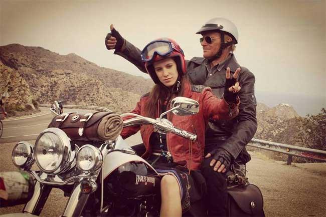 Veronica Bitto e Terence Hill nel film Il mio Nome è Thomas