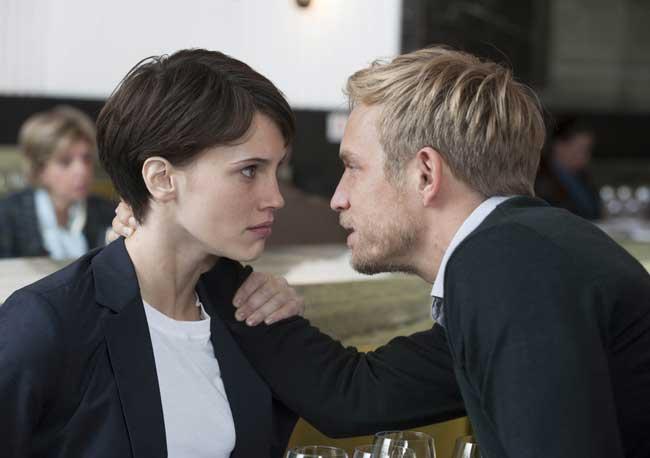 Marine Vacth e Jérémie Renier nel film Doppio amore