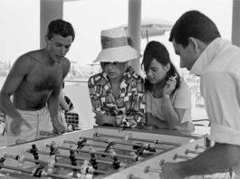 Erich Lessing, Cesenatico, 1960, In spiaggia © Erich Lessing / Magnum Photos