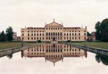 Lawrence Beck, Villa Pisani I, 2011, Archival Inkjet Print, ed. of 5, 152.5 x 183 cm, Collezione privata, New York, Courtesy, The Artist and Sonnabend Gallery, NY