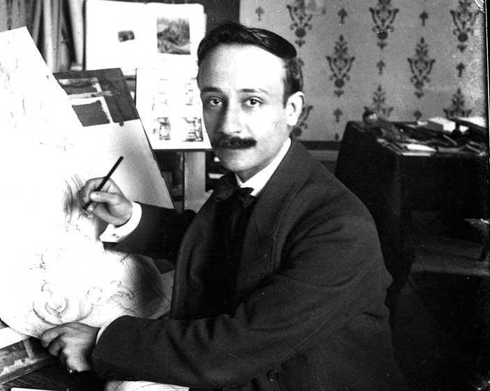 12. Ritratto di Raffaele de Vico nello studio, 1906 circa, stampa fotografica, Archivio Storico Capitolino