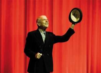 Guido Harari, Leonard Cohen, Milano, Teatro degli Arcimboldi, 23 ottobre 2008 © Guido Harari