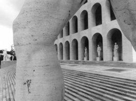 Tim Benton, Palazzo della Civiltá Italiana, EUR (archs. Giovanni Guerrini, Ernesto La Padula and Mario Romano), Gelatine silver print, 1976, Tim Benton / RIBA Collections