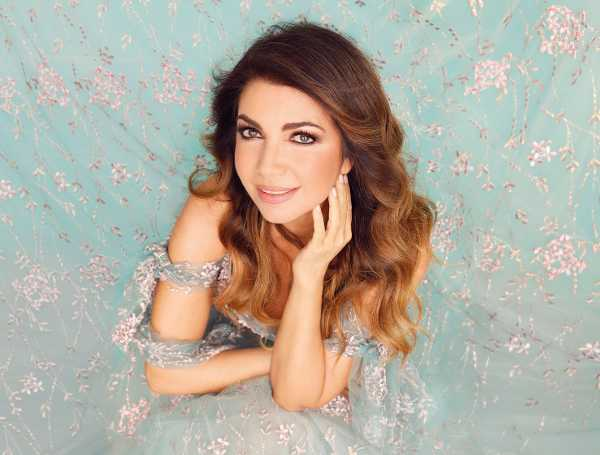 """Cristina D'Avena - """"Duets Forever – Tutti Cantano Cristina"""""""