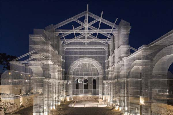 Edoardo Tresoldi - Basilica di Siponto © Roberto Conte