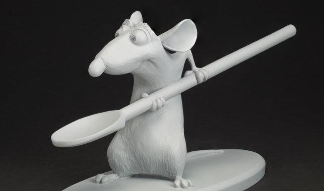 Greg Dykstra, Rémy con cucchiaio, Ratatouille, 2007, Calco in resina uretanica, © Disney / Pixar