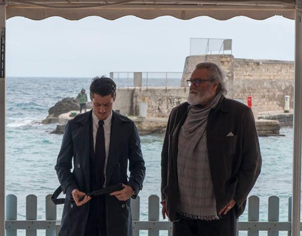 Antonio Folletto e Diego Abatantuono nel film Un nemico che ti vuole bene